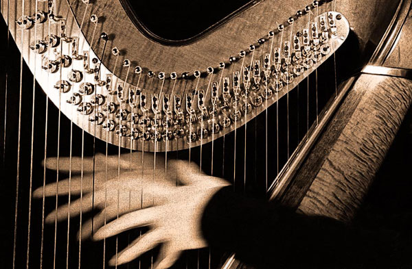 harp-hands-toned